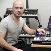 Dj Sukhoi in Recording Studio